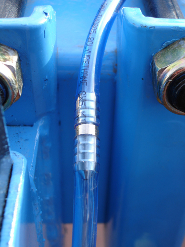 Tecnospra Europa. Detail of applicator nozzle. Available diameters: 0.4, 0.6, 0.8, 1.0, 1.5, 2.0, 2.5, 3.0