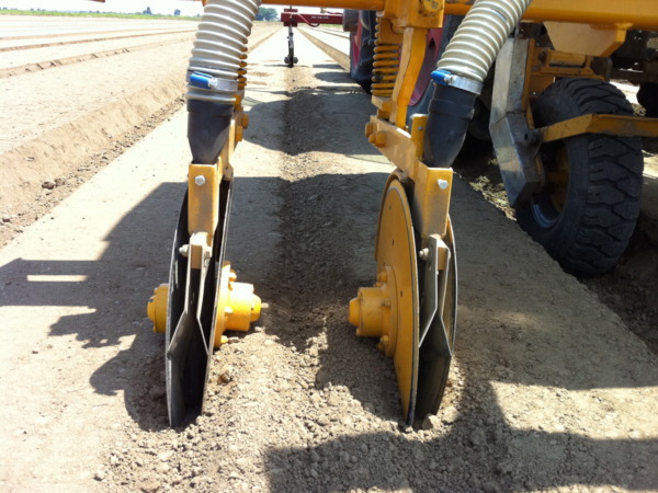 Tecnospra Europa. Discs applicators of fertilizer.